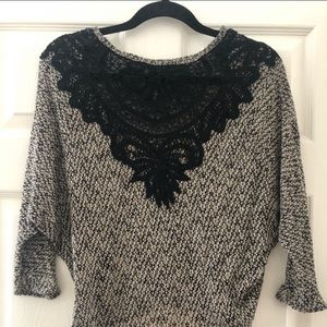 BOGO • BLACK AND BROWN TOP LACE DETAIL